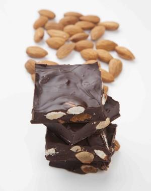Moddy's Dark Almond Chocolate MC202