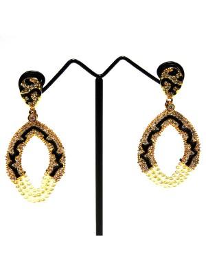 Ishi Collection Metallic Brass Earring IC16