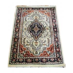 Ivory Sarouk Kashmiri Carpet KCE17