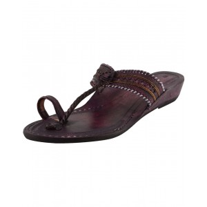 Kolhapuri Women's Leather Chappal KCF19