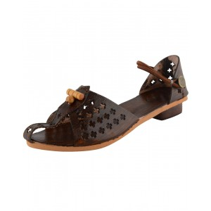 Handmade Leather Kolhapuri Chappal for Women KCF3