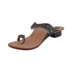 Handmade Leather Sandals Typical Kolhapuri Chappal for Women KCF6